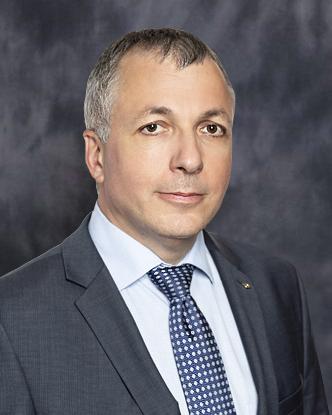 Dr. Ludvig László